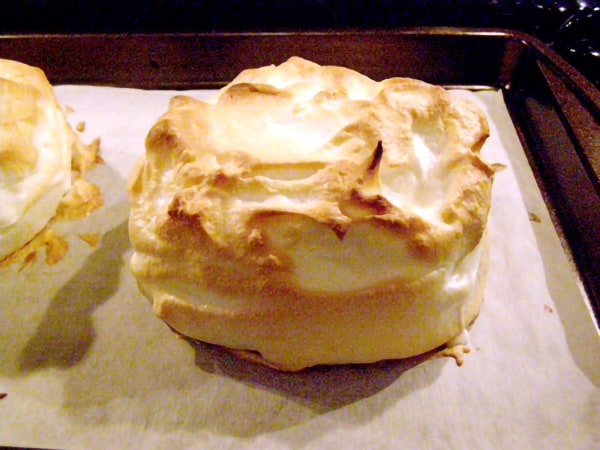 Golden brown meringue on Baked Alaska