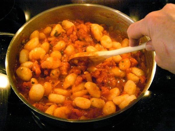 Add gnocchi to tomato sauce