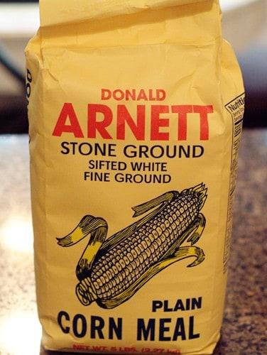 Package of Arnett's brand fine ground white cornmeal.