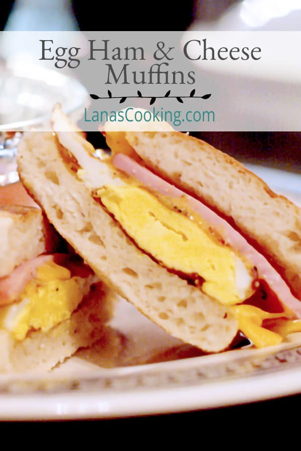 These Egg Ham and Cheese Muffins are a great on-the-go breakfast option! Perfect for days when you need to be ready and out the door quickly. From @NevrEnoughThyme https://www.lanascooking.com/egg-muffins/