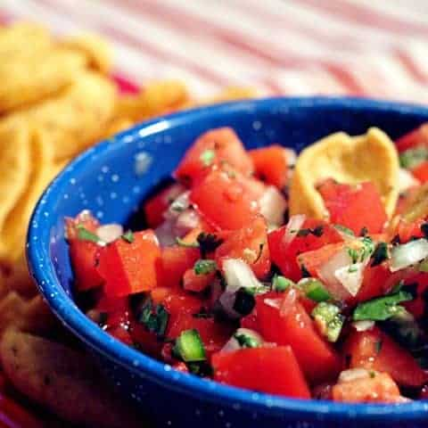Classic Pico de Gallo - a traditional accompaniment for many Mexican dishes and a great football game snack! Serve with tortilla chips or corn chips. From @NevrEnoughThyme https://www.lanascooking.com/pico-de-gallo/