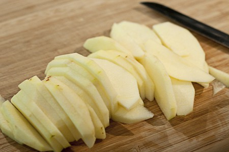 Sliced apples for Dutch Baby Pancake