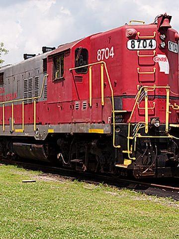 Riding the Blue Ridge Scenic Railway, an excursion train that runs between Blue Ridge, Georgia, and McCaysville, Georgia / Copperhill, Tennessee https://www.lanascooking.com/riding-the-blue-ridge-scenic-railway/