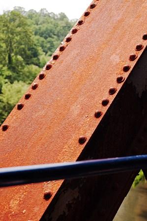Close clearance on the bridge.