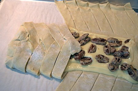 Preparing candied pecan cheese braid