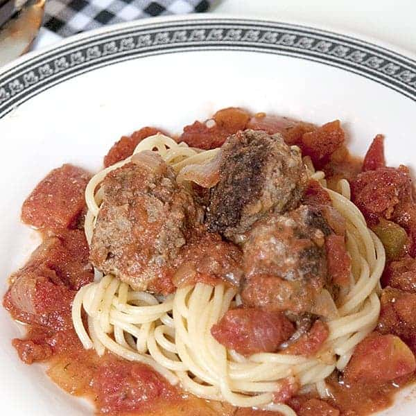 Meatballs in Creamy Tomato Dill Sauce - a fresh take on meatballs and spaghetti with lemon zest in the meatballs and dill and creamin the tomato sauce. https://www.lanascooking.com/meatballs-in-creamy-tomato-dill-sauce/