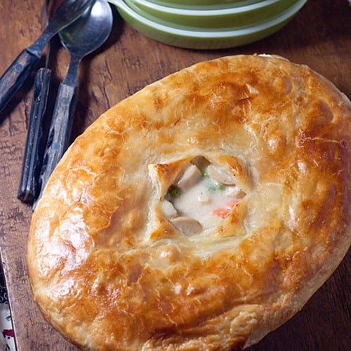 A classic chicken pot pie with a puff pastry top. From @NevrEnoughThyme http://www.lanascooking.com/chicken-pot-pie