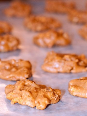 Southern Pecan Pralines - creamy, caramelized sugar loaded with toasted pecans. From @NevrEnoughThyme https://www.lanascooking.com/pecan-pralines/