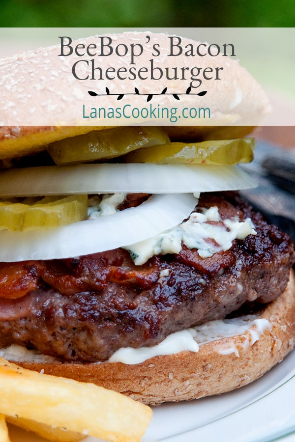 BeeBop's Bacon Cheeseburger is a unique burger that has the bacon cooked right on top of the burger. It's totally delicious and really easy to make! From @NevrEnoughThyme https://www.lanascooking.com/beebops-bacon-cheeseburger/