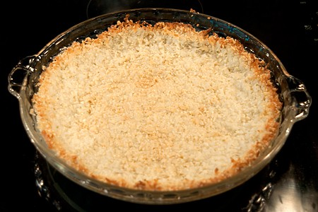 Almond and coconut pie crust
