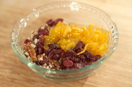 Stuffing Mix for Baked Apples with Cranberries and Pecans