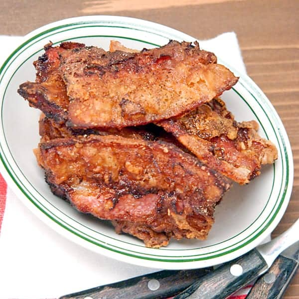 A very old deep south recipe for Streak o' Lean (deep fat fried salt pork). Presented for historical purposes - nobody really eats this way every day. From @NevrEnoughThyme http://www.lanascooking.com/streak-o-lean/