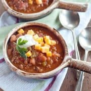 A quick and easy, traditional chili recipe. Though not an authentic Texas chili, this has been our family's favorite for years! https://www.lanascooking.com/not-texas-chili/