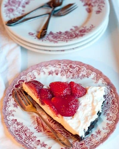 Fresh Strawberry Pie with Chocolate Cookie Crust