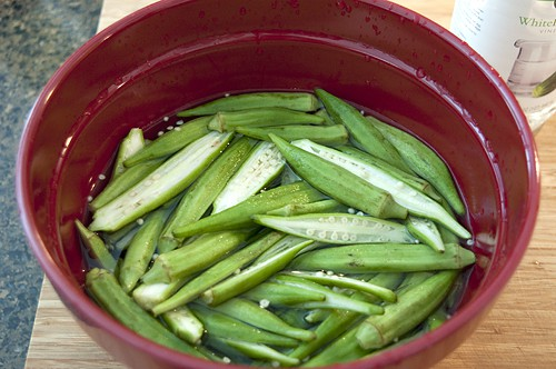 Soak prepped okra in vinegar