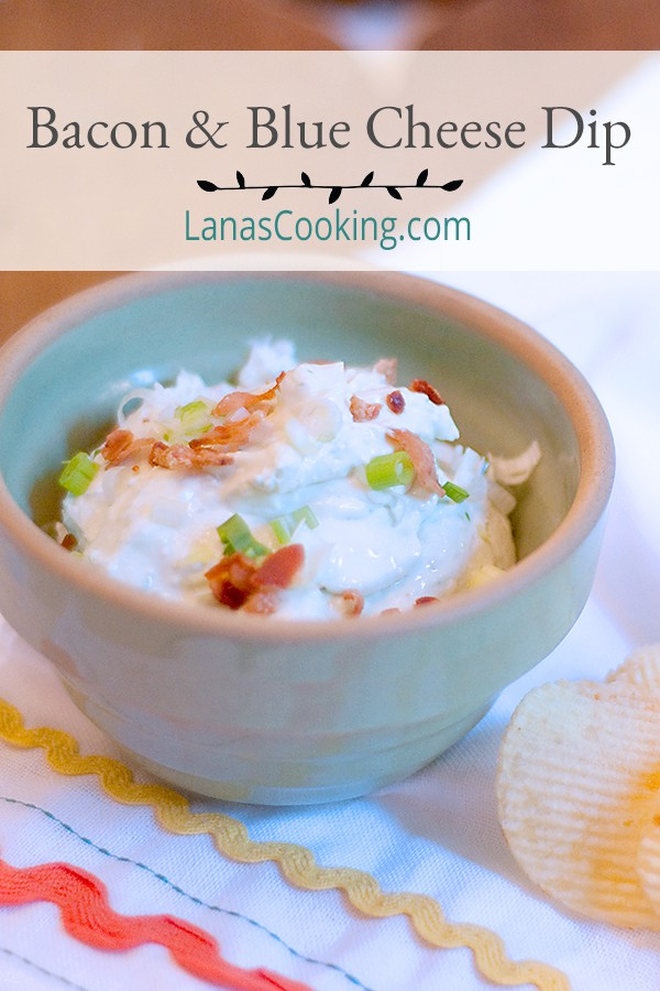 Bacon and Blue Cheese Dip - a great combination of cheeses with sour cream, onions, and bacon. Perfect for tailgate parties or just because it's Tuesday. https://www.lanascooking.com/bacon-blue-cheese-dip/
