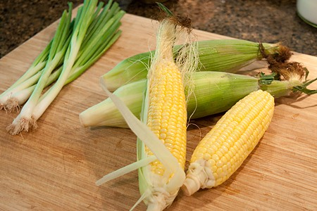 Prep corn and scallions