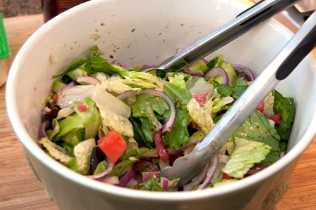 Toss Favorite Greek Salad