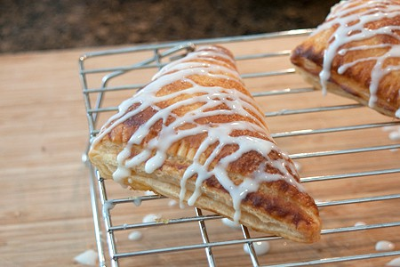 Drizzle turnovers with glaze