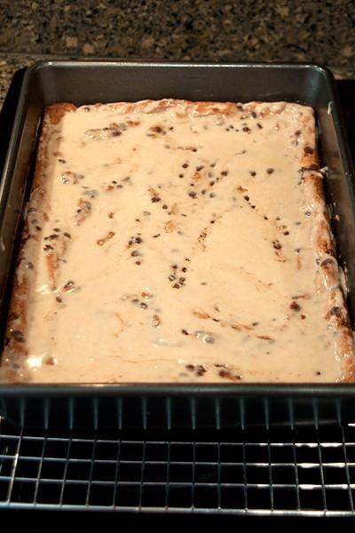 Glaze the Peanut Butter Chocolate Chip Bars