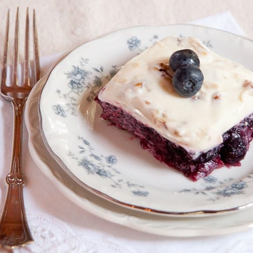 Blueberry Jello Salad #jello #gelatin #blueberries #jellosalad #congealedsalad #desserts #sidedishes #salads #summer #southern #vintage