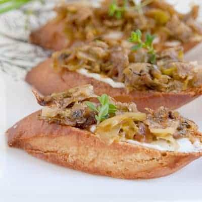 Melange of Onions - a mixture of several varieties of onions, slow cooked until golden brown and caramelized. Use as a sandwich topping or in soups or dips. From @NevrEnoughThyme https://www.lanascooking.com/melange-onions/