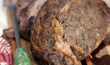 My method for cooking the perfect Prime Rib. From @NevrEnoughThyme http://www.lanascooking.com/prime-rib