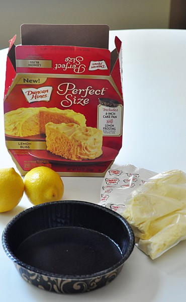 Duncan Hines Perfect Size cake kit