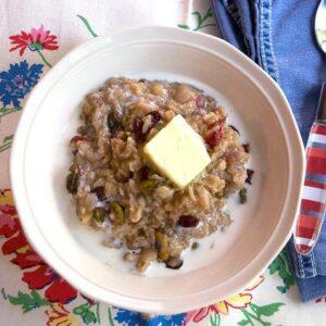 Cranberry Pistachio Oatmeal