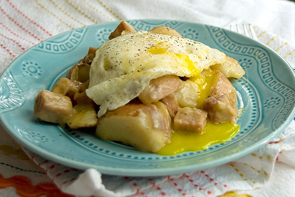 Leftovers with fried egg and Slow Cooker Cheesy Potatoes and Ham