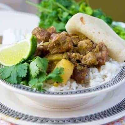Pork, potatoes, and salsa verde make this delicious southwestern pork stew a Tex-Mex delight! Slow Cooker Southwestern Pork Stew from @NevrEnoughThyme https://www.lanascooking.com/slow-cooker-southwestern-pork-stew