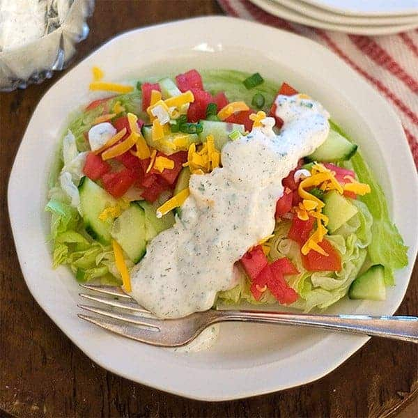 Herby, tangy Buttermilk Ranch Dressing from @NevrEnoughThyme http ...