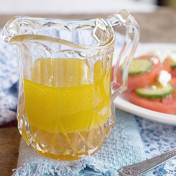 Lemon Vinaigrette - a light, refreshing homemade salad dressing. From @NevrEnoughThyme http://www.lanascooking.com/lemon-vinaigrette/
