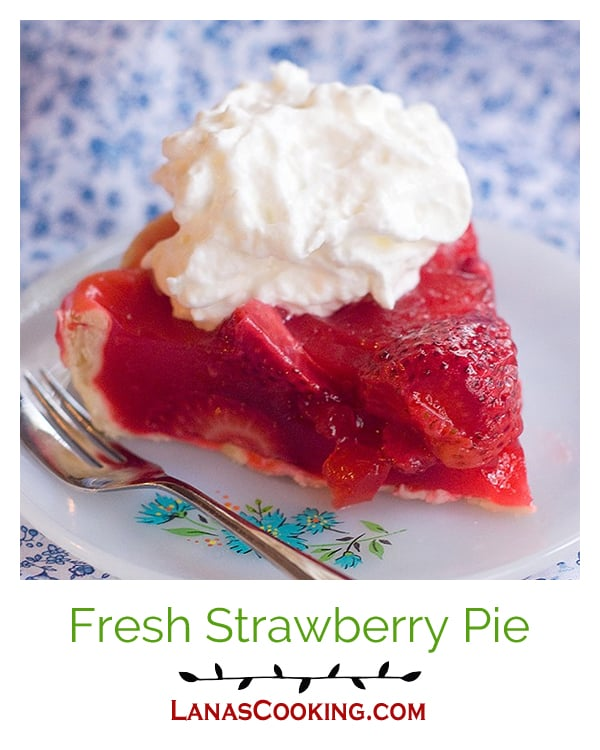 Fresh Strawberry Pie made with Florida strawberries at the height of their season. A sweet ending to a weeknight dinner or a special occasion. From @NevrEnoughThyme http://www.lanascooking.com/fresh-strawberry-pie