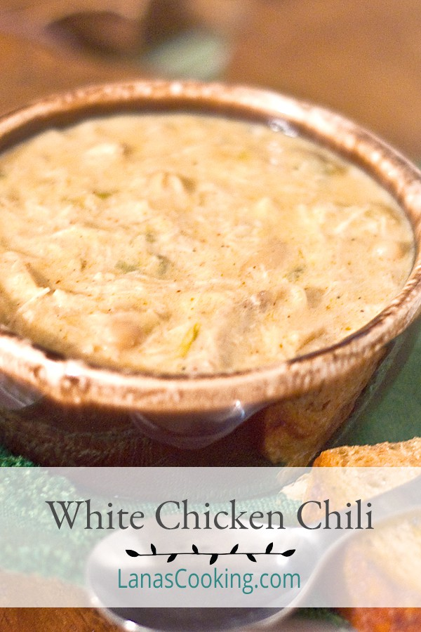 White Chicken Chili - a little bit different chili in a creamy, buttery, smooth base with tender chicken and white beans. Comfort food personified! From @NevrEnoughThyme http://www.lanascooking.com/white-chicken-chili/