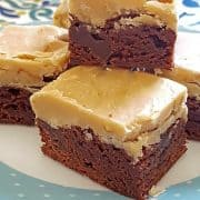 Praline Brownies - whipping cream, butter, and light brown sugar with pecans make a rich praline topping for quick and easy box mix brownies. https://www.lanascooking.com/praline-brownies/