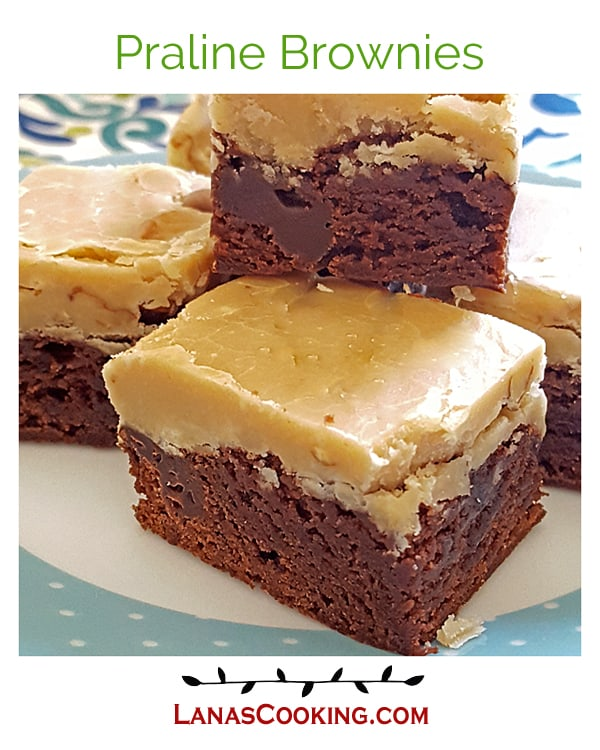 Praline Brownies - whipping cream, butter, and light brown sugar with pecans make a rich praline topping for box mix brownies. From @NevrEnoughThyme https://www.lanascooking.com/praline-brownies/