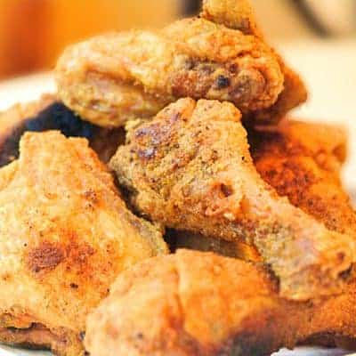 My simplest and most authentic southern recipe for Real Simple Fried Chicken. Quick and easy for a family dinner or special occasion. From @NevrEnoughThyme http://www.lanascooking.com/real-simple-fried-chicken