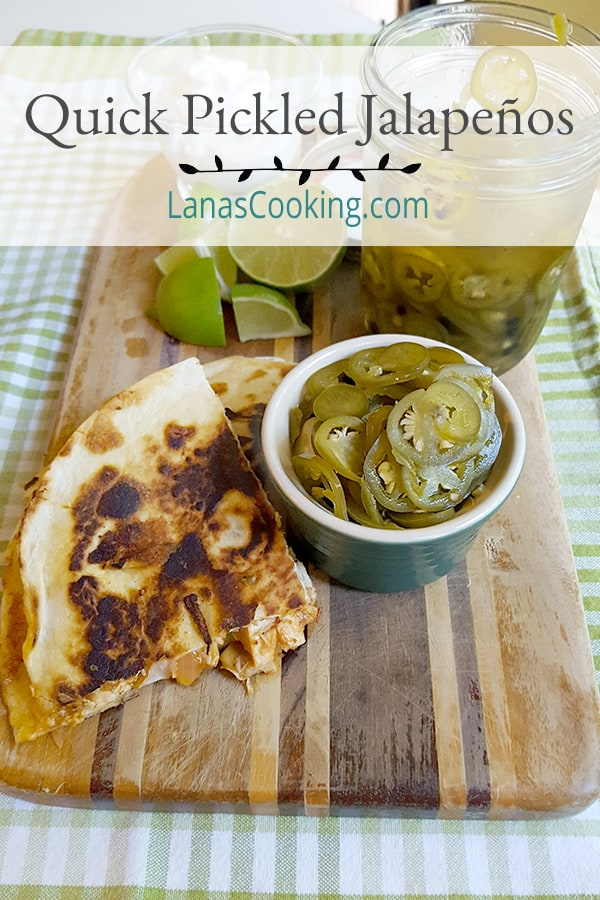 These quick pickled jalapenos take just a few minutes to make and their tart, spicy flavor will complement all your favorite southwestern style meals. From @NevrEnoughThyme https://www.lanascooking.com/quick-pickled-jalapenos/